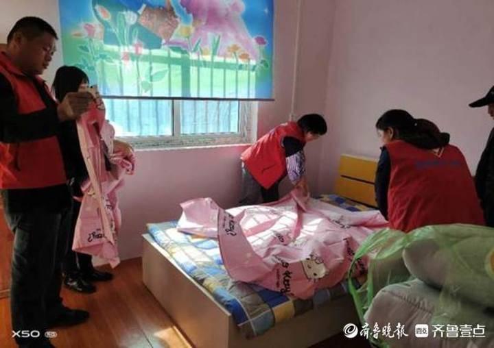 莘县张寨镇志愿帮扶点燃贫困家庭过冬火焰