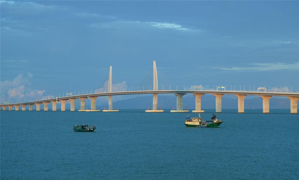 2020年9月11日拍摄的港珠澳大桥。新华社记者 陈晔华 摄