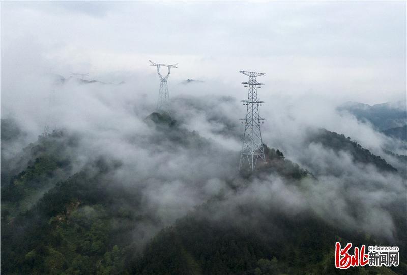 走访十三五河北大工程|张北—雄安特高压:清洁能源点亮未来之城