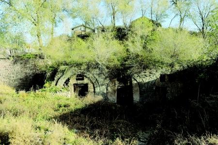 至今未解的三孔古窑洞之谜