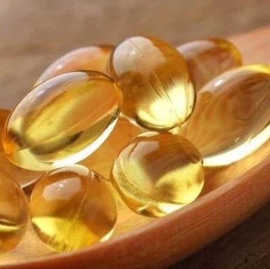 """每天1粒鱼油,心梗死亡风险降35%!超13万人研究""""实锤""""了!"""