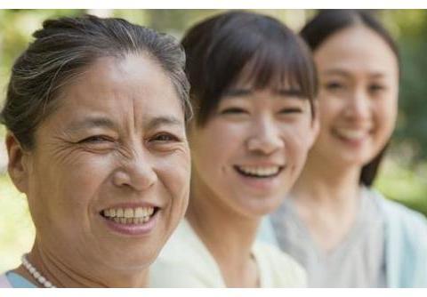 """人到晚年,这2类父母最拖累子女,儿女:就怕老人两样""""全占"""""""