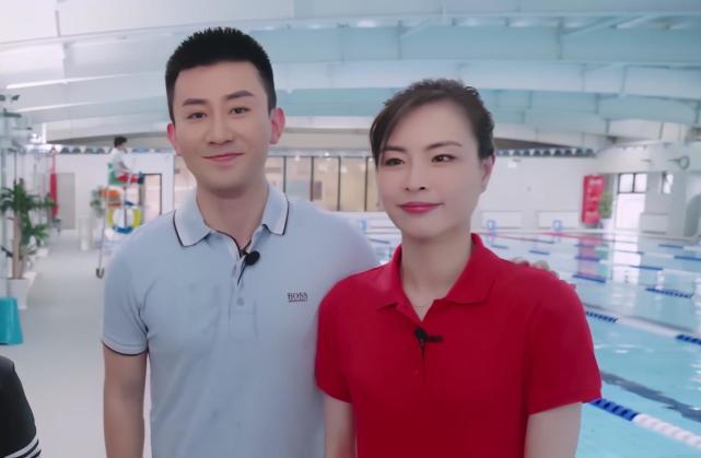 中国奥运冠军惊艳出镜,34岁肤白貌美,深情表白老公