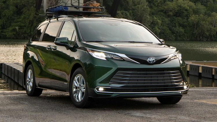有望于明年在国内亮相,全新一代丰田塞纳大量实拍图发布