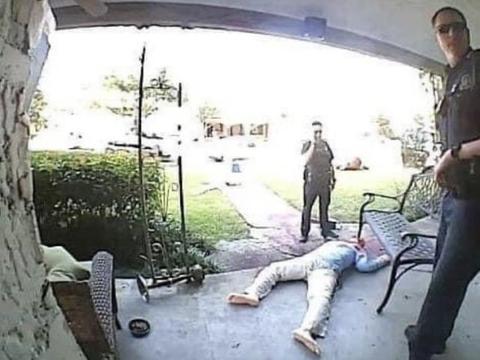 """他家院子惊见多具""""尸体"""",邻居发现后报警,警察到场傻眼"""