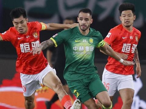 广州恒大0-0北京国安!保利尼奥和塔神中楣,巴坎布和傲骨中柱