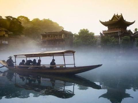 """浙江一""""完美型""""景区,号称中国""""小富士山"""",却成横店的附属品"""