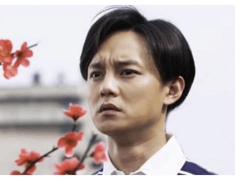 """有种""""整容""""叫尹正剪头,仅仅是换了个发型,却意外撞脸吴彦祖!"""