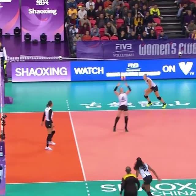 2019年国际排联世俱杯天津女排vs巴西海滩精彩回合……