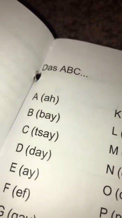 德语字母念起来这么硬核的吗?我害怕了