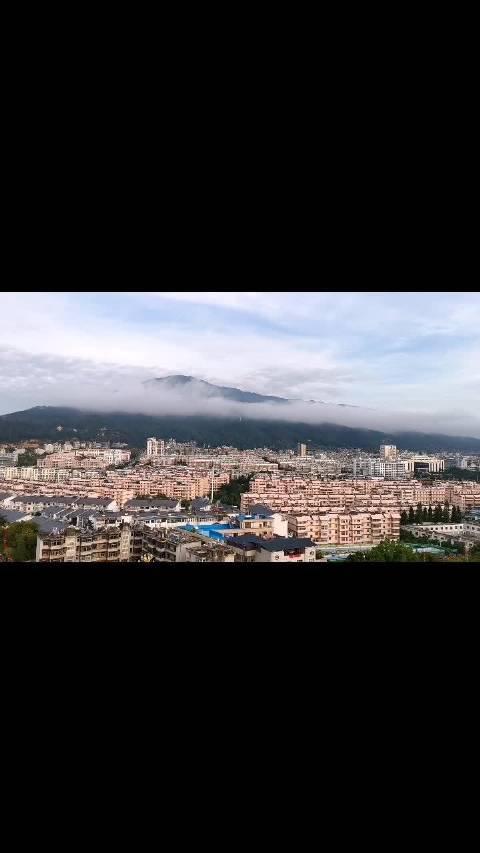 临沧旗山玉带,云起了,云散了
