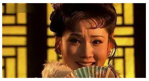 杨九红本不想争名争利,若不是白玉芬,她在济南会是另一种人生