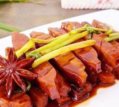 美食推荐:口味炒花蛤、香芹酱香干、扇贝粉丝的做法
