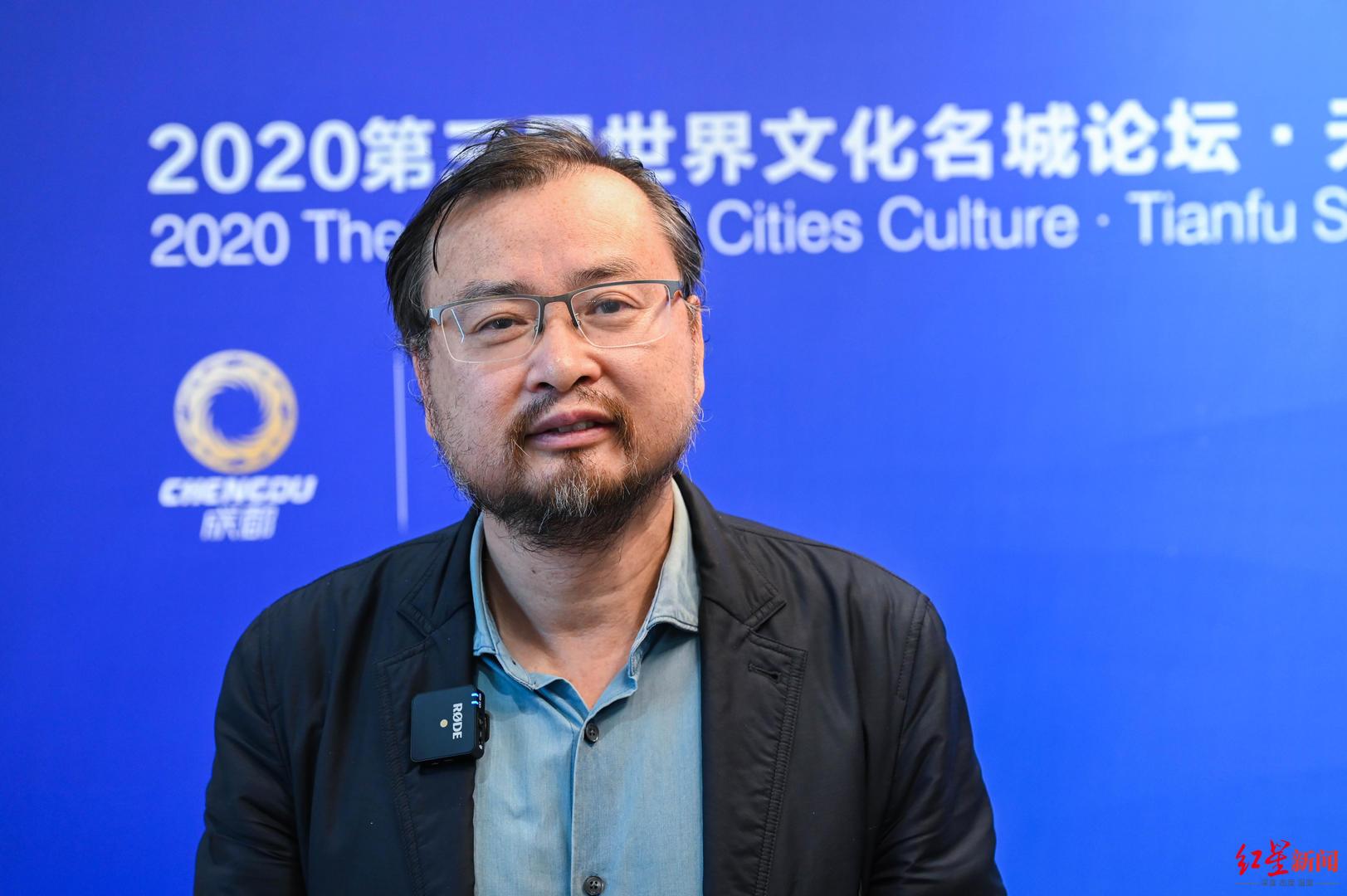 中国美术馆副馆长张晴:成都既有古,又有今,还有未来