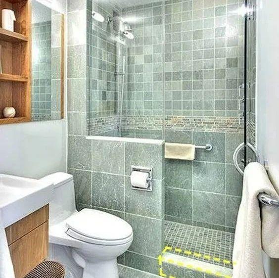 专家表示:卫生间隔断不砌到顶,像楼梯踏步往上爬,侧面做个壁龛收纳又省钱