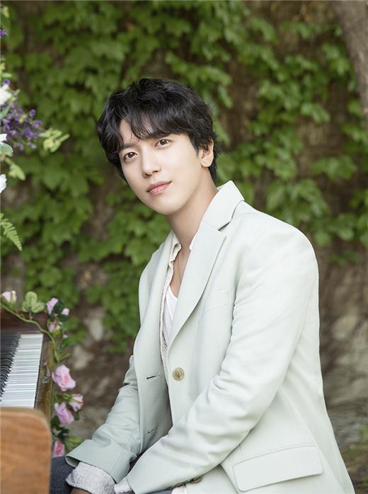 郑容和参与韩剧《爱我的间谍》OST插曲演唱于今日发行音源