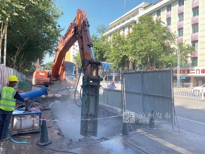 江阳主城区雨污分流改造预计年底完成,涉及518个小区