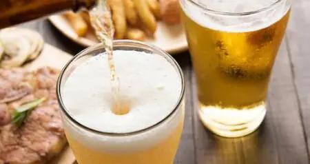 啤酒是高升糖饮品,糖尿病人群一口都不能喝?那换成自酿果酒呢?