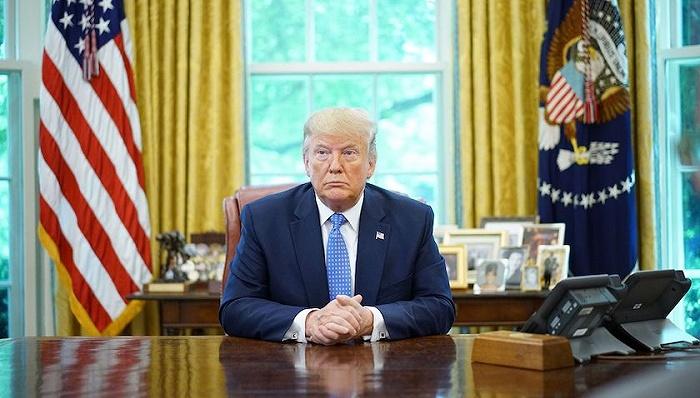 特朗普称自己与妻子新冠检测呈阳性