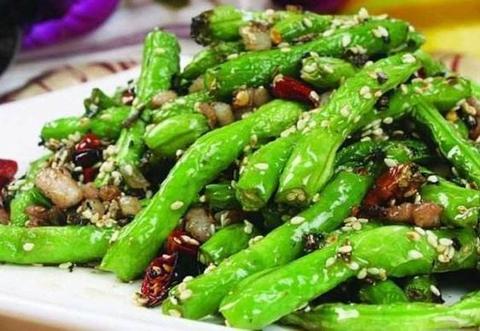 美味家常菜:干煸豆角,木须柿子瓜片,麻婆豆腐鸡