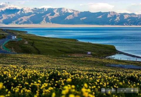 """新疆最清澈的湖泊:被誉为""""大西洋最后一滴眼泪"""""""