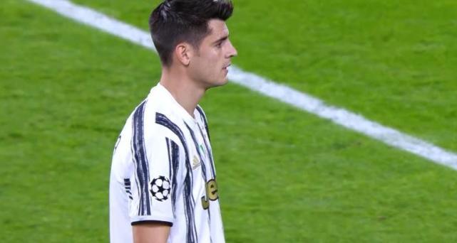 梅西助攻登贝莱破门 C罗缺阵莫拉塔2进球被吹 尤文半场0:1巴萨