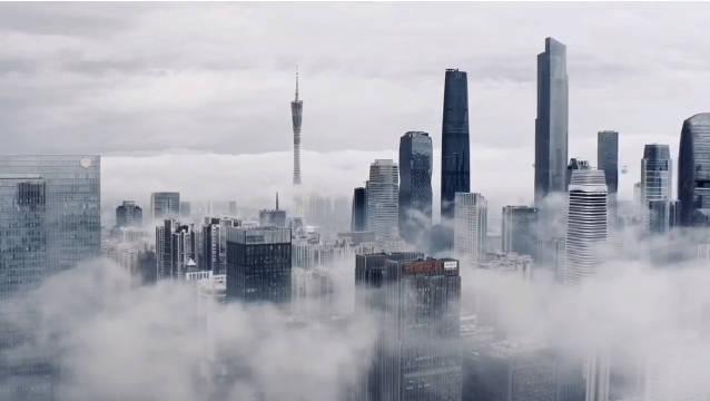 飞跃云端,俯瞰超高层建筑最密集的广州,降温勿忘添衣