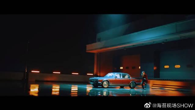 看看宋旻浩 的 MV,真的是超级棒