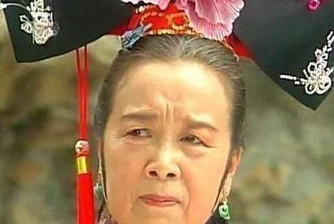 """尽管李明启在""""容嬷嬷""""流行了22年"""
