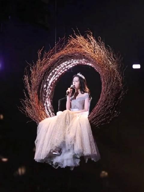 迪丽热巴直拍视频🈶,天上掉下个小公主,啊啊啊啊啊仙女太甜了!