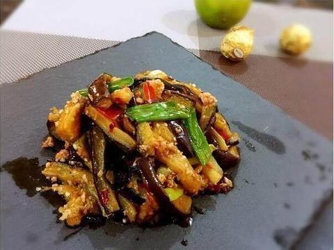 美味家常菜:杏鲍菇炒玉米,肉末酱爆茄子,豇豆角爆茄柳