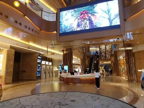 新世界郑志刚开在广州的顶级商场,简直颠覆传统商超,太惊艳了