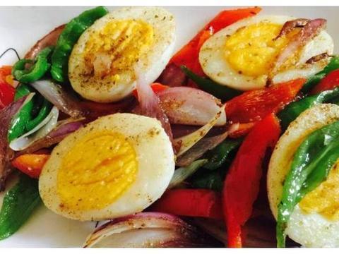美味家常菜:炒水鸡蛋,手撕鸡,丝瓜虾仁
