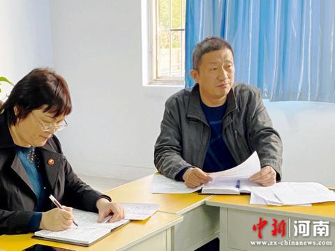 许昌实验中学初三年级召开第一次月考成绩分析会