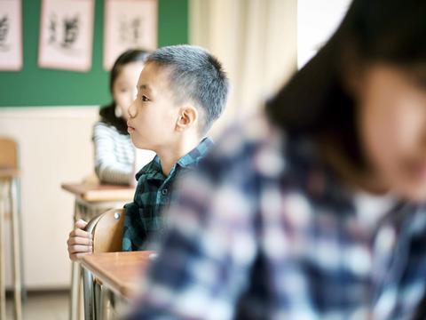 三年级成绩下滑是魔咒?20年教龄的老师揭秘:抓好三个变化是关键