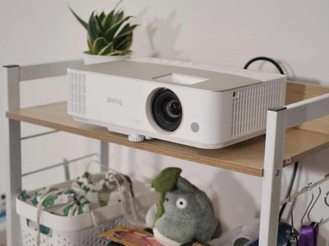经典家用投影机再升级 明基W1130新品首发
