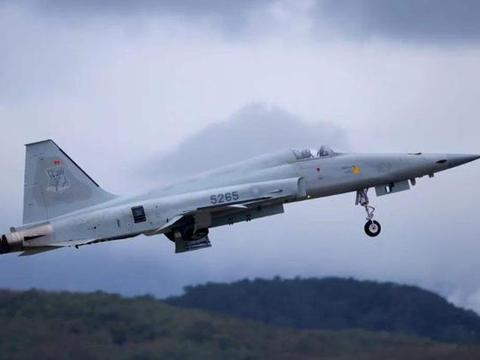 服役40年,飞了6000多小时的战机还在用,台空军的真实战力如何?