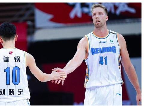17分大逆转!北京轰24-4送福建5连败,大汉16+8王哲林9+12