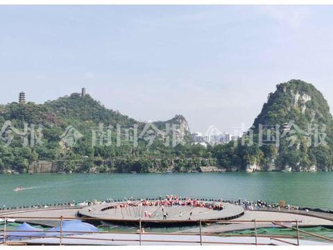 柳州首台大型山水实景演出舞台成形,《夜话柳江》将现水下表演