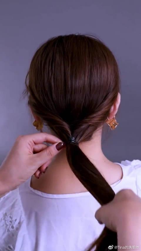 发量少的妹妹们看过来!超简单的韩式低马尾,秒变时尚小仙女