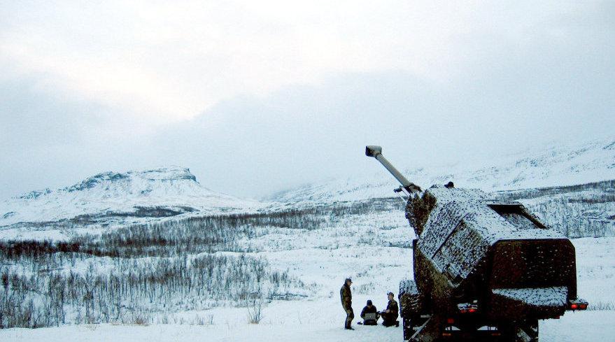 美军准备靠一款火炮提升战力,体积太大部署太难……