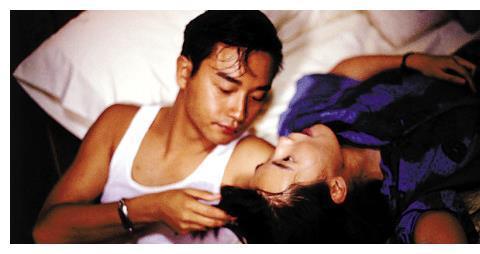 1992年,《霸王别姬》杀青宴,张国荣发怒:再打她,我找人收拾你