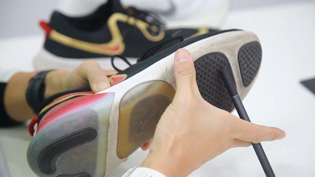 本期栋哥@吴栋说跑步 分享,颗粒跑鞋 耐克 JOYRIDE 适合跑者吗?