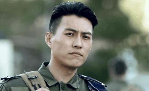 靳东自称年轻时长相不如宋小宝,本以为是玩笑