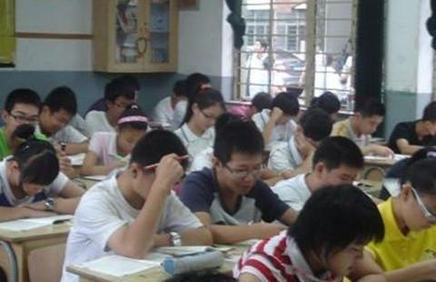 一位老师的忏悔:我为什么要教贫困家庭的孩子?