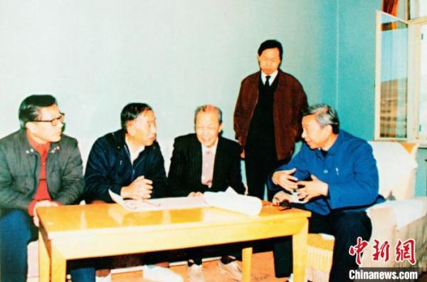 导弹专家陈定昌:胸怀家国 敢为人先的战略科学家