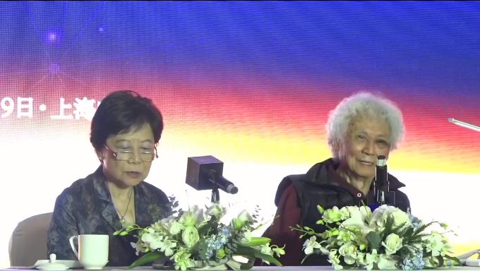张五常上海最新演讲:楼价上升是有上限的 买收藏品是没有上限的