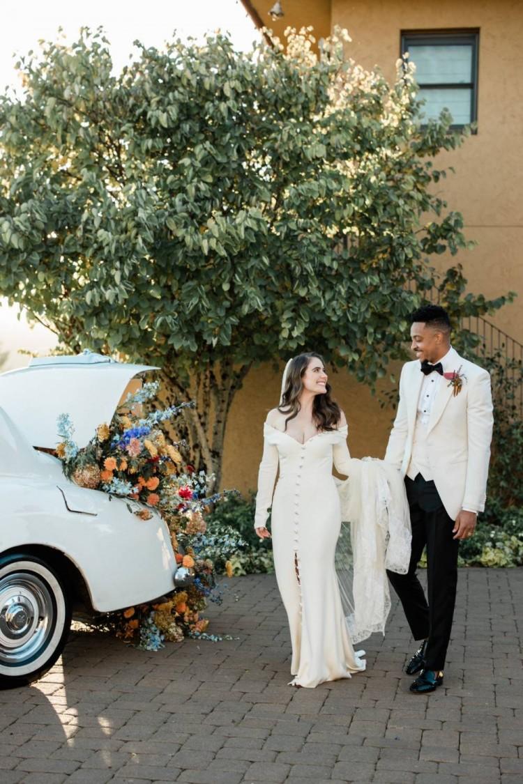 祝百年好合!CJ-麦科勒姆晒与妻子婚纱照合影