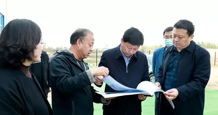 衡水市委副书记邸义到武邑县调研脱贫攻坚工作