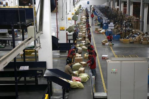 双11快递包装绿色治理受关注,广东邮政管理局倡议包装回收